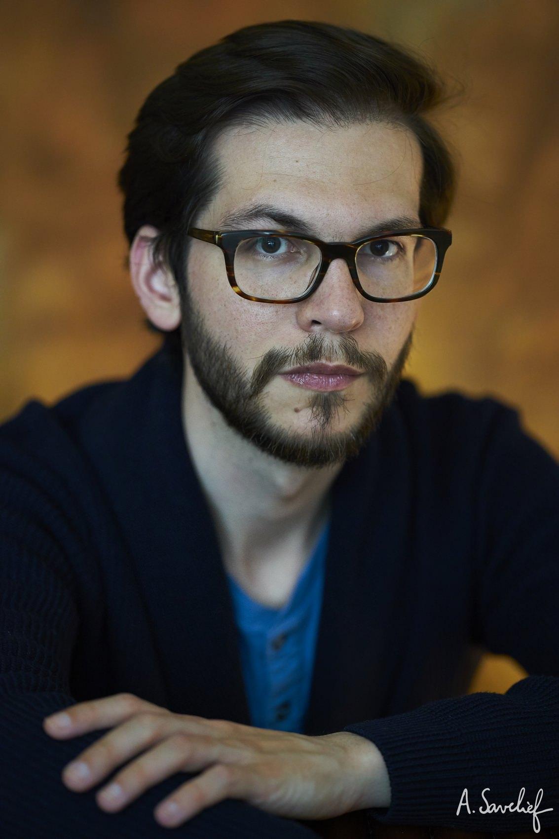 portrait d'Alexis Savelief, compositeur de musique