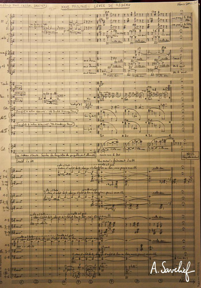 """Conducteur manuscrit de l'introduction de """"Leading Astray"""", Concerto pour Cristal Baschet & Orchestre d'Alexis Savelief"""